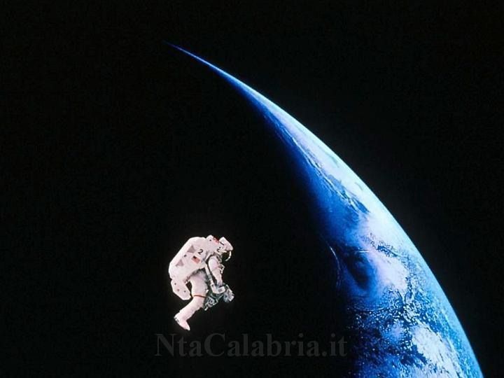 Sfondi desktop dello spazio n 134 for Sfondi spazio